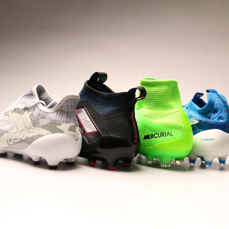Botas de fútbol con tobillera