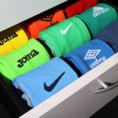 Medias de fútbol de varias marcas y colores