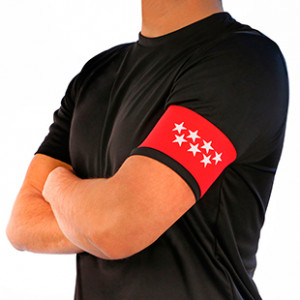 Brazalete de capitán de la Comunidad de Madrid Arquer - Rojo - frontal modelo